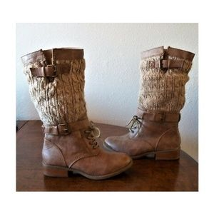 Report NYland brown sweater combat boots  Sz. 6.5